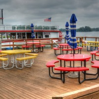 Waterfront Dining at North Webster's Pizza King