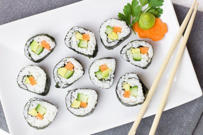 sushi-2112350_1280