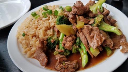 beef and broccoli, restaurant, warsaw, indiana, kosckusko