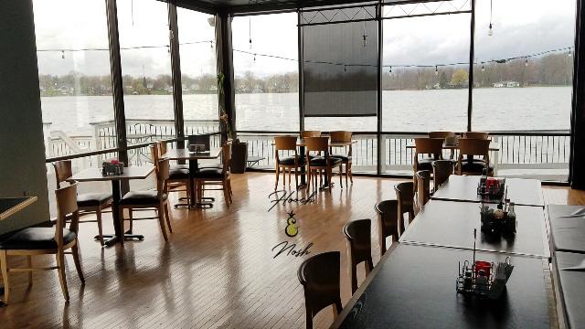 dining area, restaurant, warsaw, indiana, kosckusko