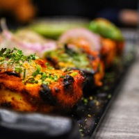 Indian Restaurant Biryani Kitchen Opens in Former Oak and Alley Location in Downtown Warsaw
